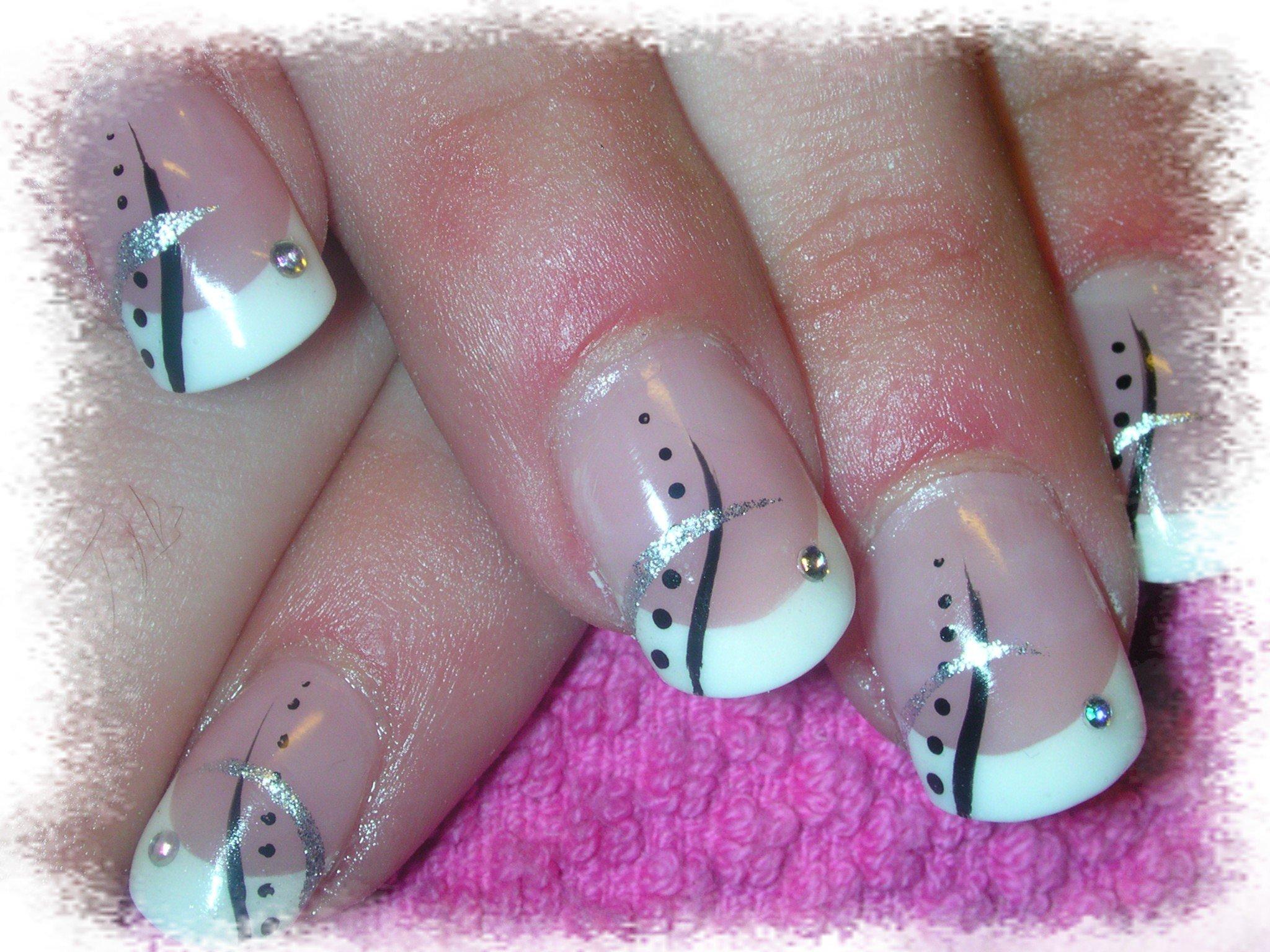 Strass swarovski nail art pas cher : Perles poppits et gourmandise ? nail
